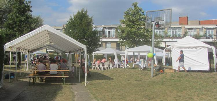 Stop in the neighbourhood! Sommerfest im Ortolanweg 2018